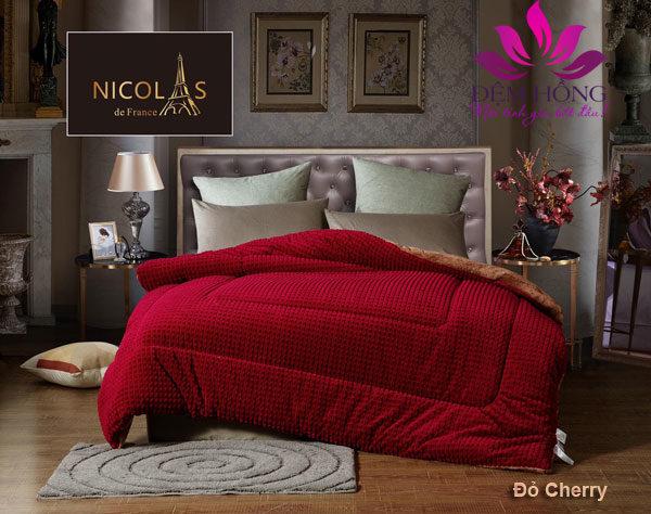 Chăn lông cừu Pháp Nicolas màu đỏ sang trọng