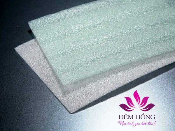 Foam PE nguyên liệu tạo lên những tấm đệm xốp PE siêu nhẹ hiện nay.
