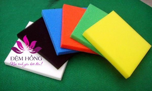 Foam PU là nguyên liệu chính sản xuất trong may mặc, đệm Foam pu
