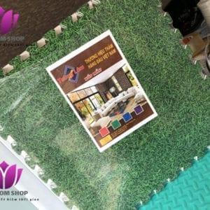 Thảm xốp ghép cỏ xanh thương hiệu Tường Lâm.