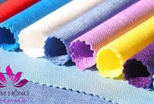 Vải không dệt là gì, những ưu điểm và ứng dụng của chất liệu này