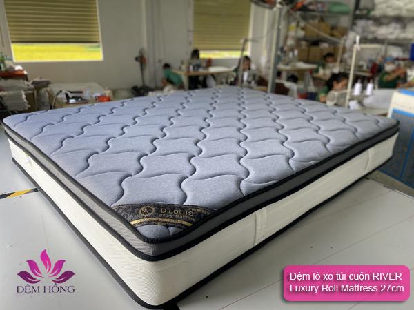 Đệm lò xo túi độc lập River Luxury Roll Mattress