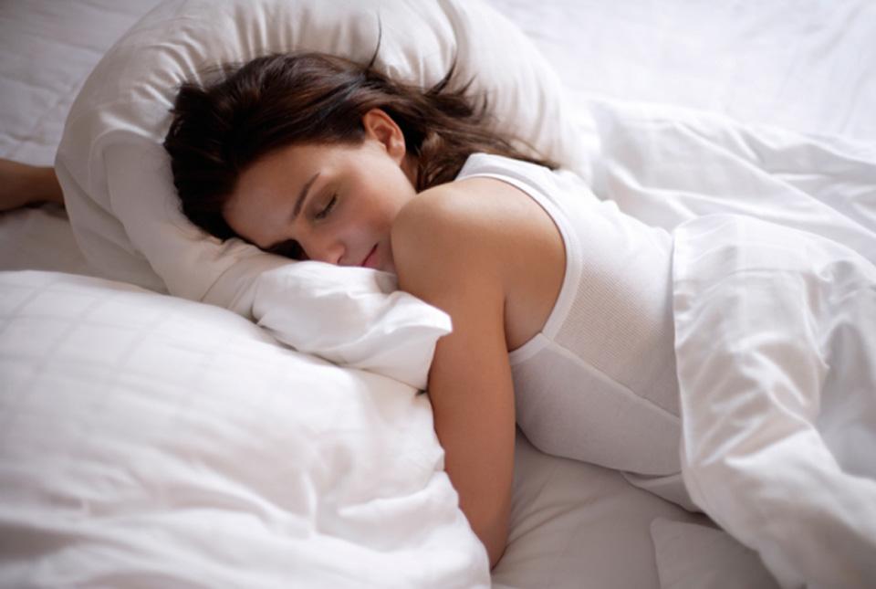Cách chọn nệm cho người thích nằm sấp khi ngủ